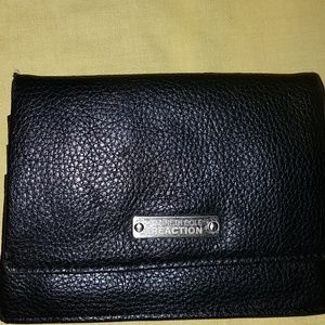 💄Classic Kenneth Cole Reaction Wallet💋
